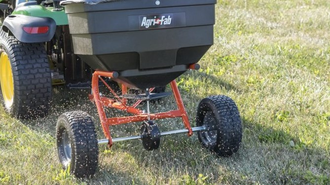 What To Consider Before Buying A Tow Behind Broadcast Spreader?