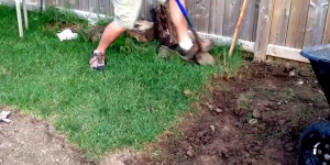 How-to-remove-grass-to-start-a-garden