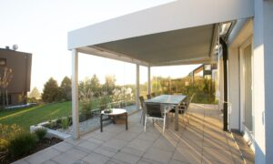 How To Build A Raised Patio - featured image